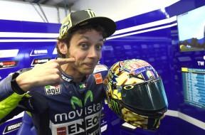 Valentino-Rossi-AGV-Helmet