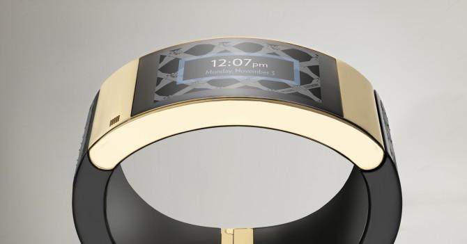 Smart Bracelet (c) Intel