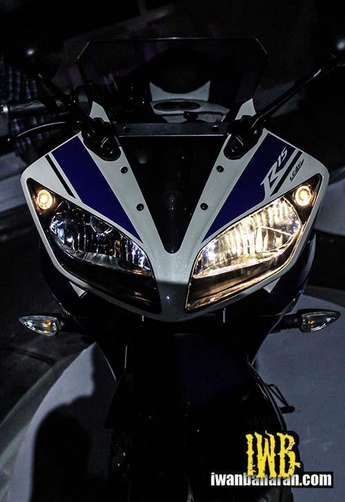 Lampu motor Yamaha YZF-R15 Indonesia (c) IwanBanaran