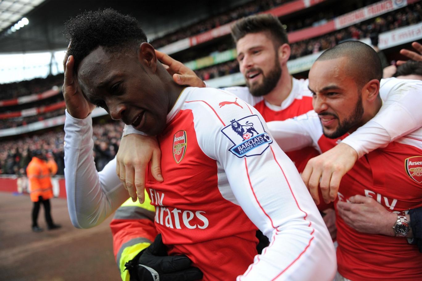 Gol Welbeck Kemenangan Arsenal Hingga Fans Yang Masuk RS