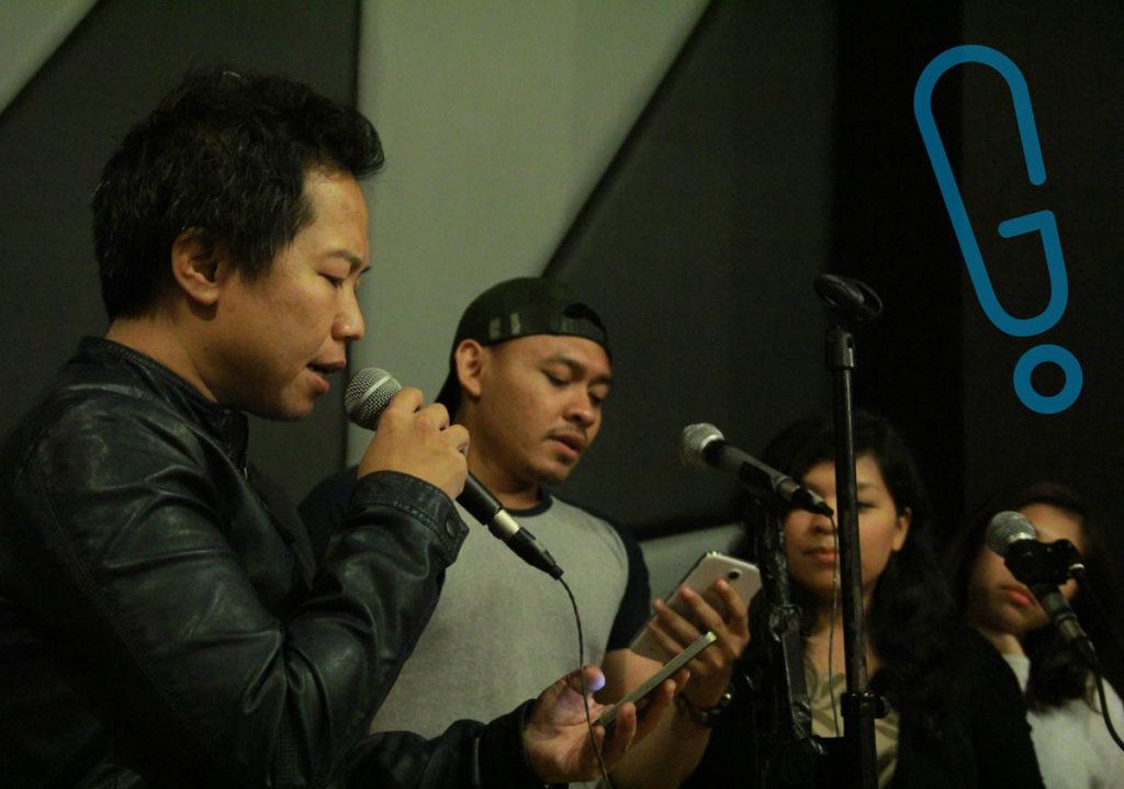 Sandhy Sondoro saat latihan mini concert 'Best Cuts of Piyu' di G Studio, Senin (8/2) (Foto: Genmuda.com/2016 Aditya S.)