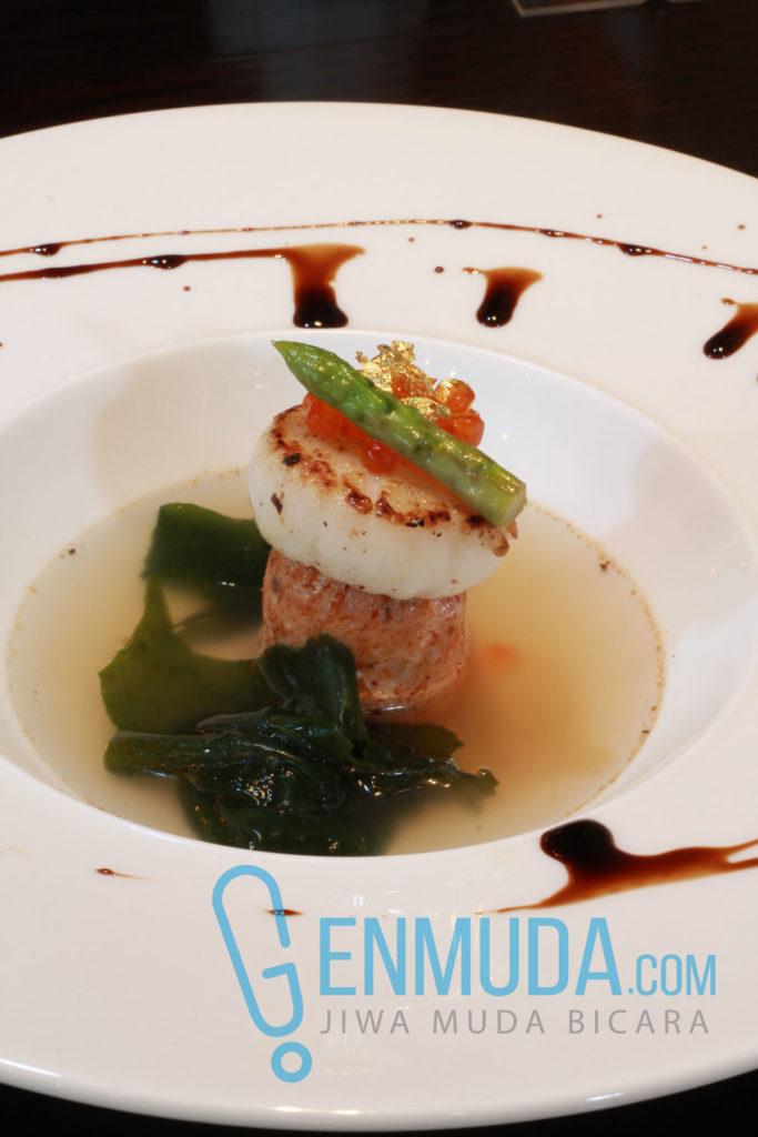 Salmon Fish Cake (Foto: Genmuda.com/2016 Aditya Soeprapto)