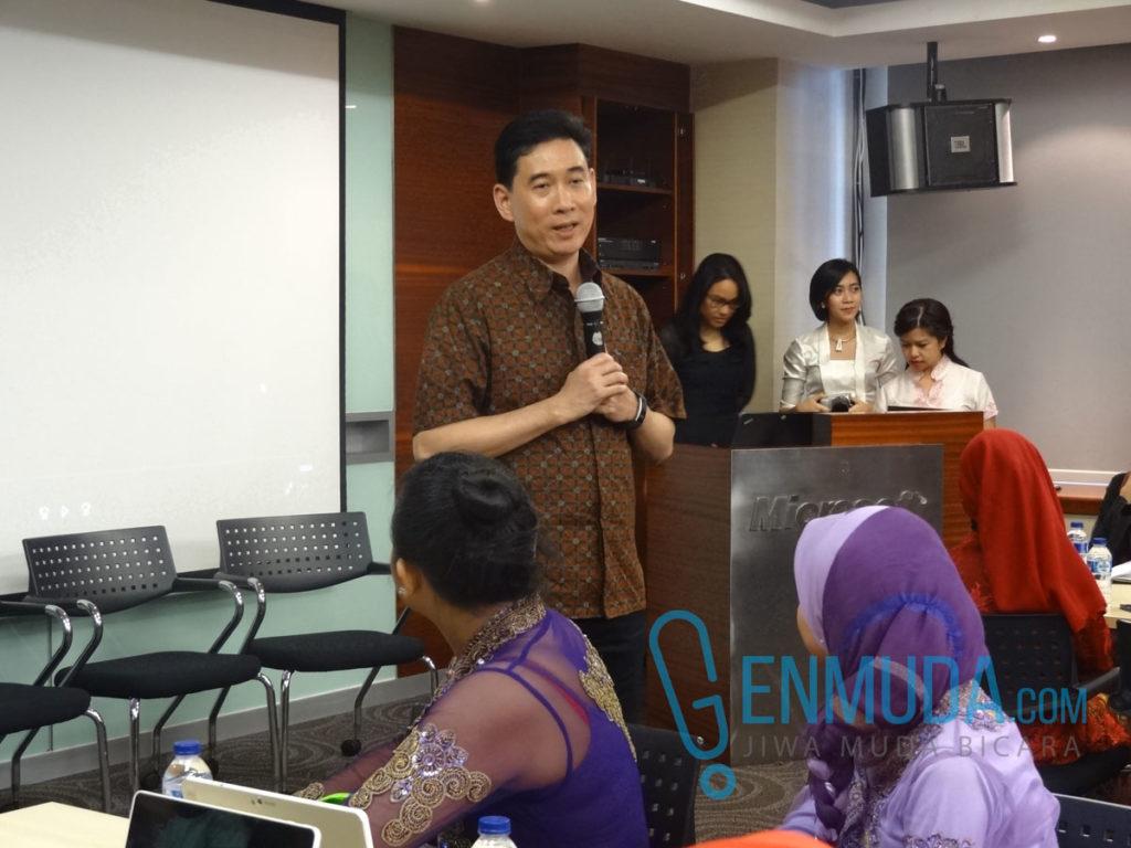 Andreas Diantoro, President Director Microsoft Indonesia di acara #MakeWhatsNext di kantor Microsoft Indonesia, Kamis (21/4) (Foto: Genmuda.com/2016 Gabby)