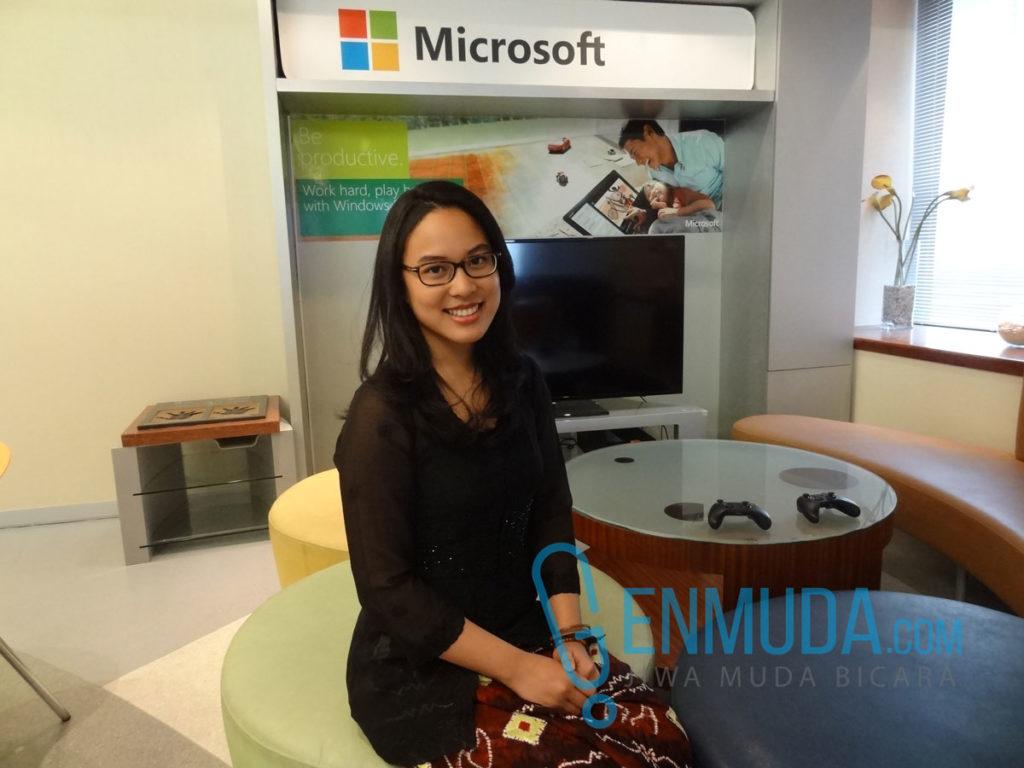 Atimas Nurahmad, Technical Account Manager Microsoft Indonesia di acara #MakeWhatsNext di kantor Microsoft Indonesia, Kamis (21/4) (Foto: Genmuda.com/2016 Gabby)