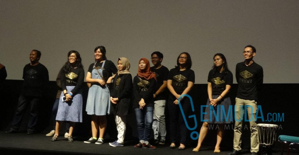 Sebagian anggota tim 'Indonesia Kirana' PSM Unpad yang tampil di Epicentrum XXI, Jumat (6/5) (Foto: Genmuda.com/2016 Gabby)