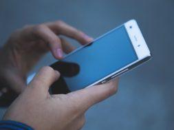 ponsel murah 3